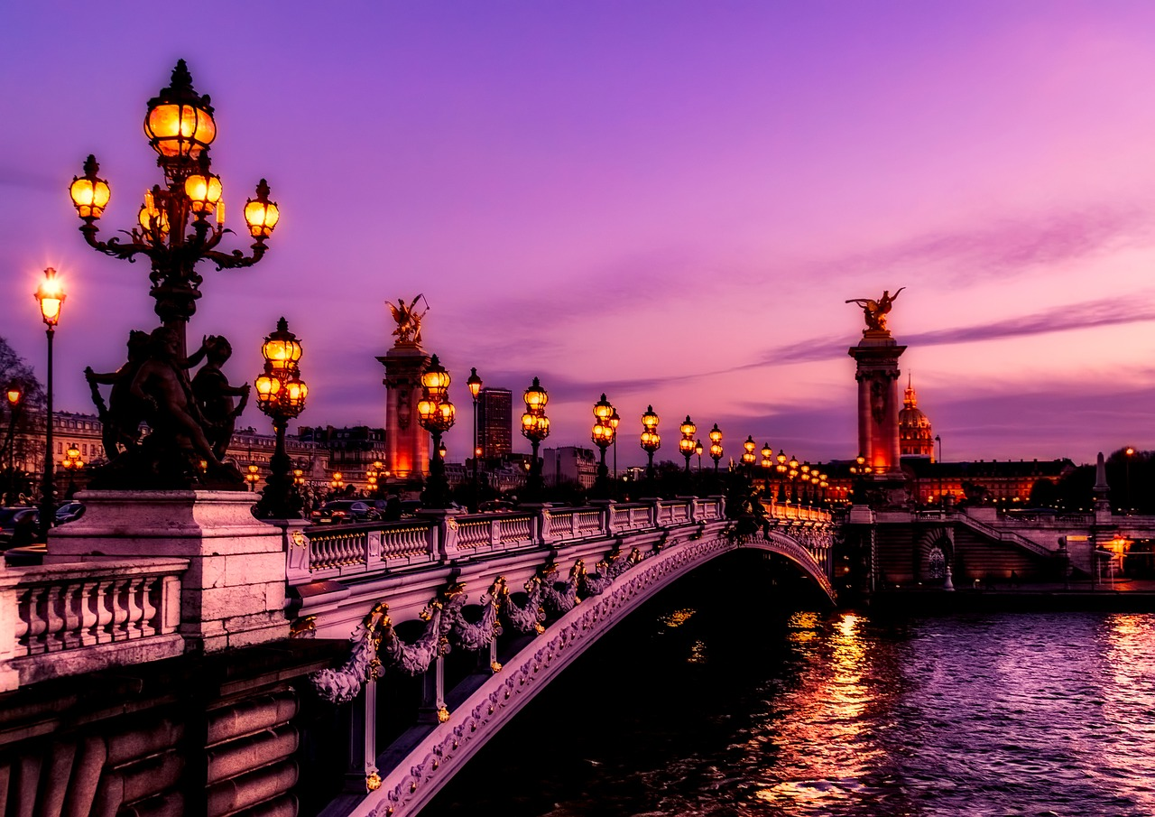 Paris: La ciudad donde Simenon vivió con desenfreno y situó al personaje que le dio la fama, el comisario Maigret.