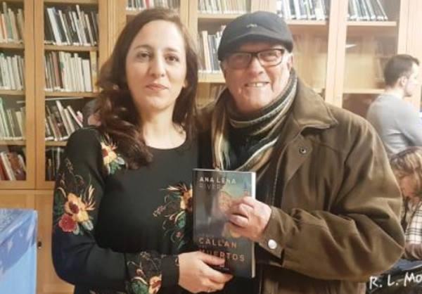 Ana Lena Rivera con Roberto. L. Moskowich