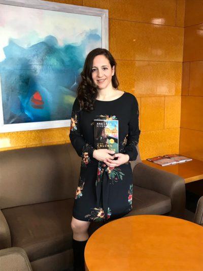 Ana Lena Escritora. Premio Torrente Ballester por Lo Que Callan Los Muertos.