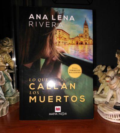 Lo Que Callan Los Muertos en La Isla de las Mil Palabras, uno de los blogs literarios de la comunidad #SoyYincanera.